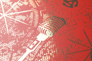 Wallpaper Musical Mandala Metallic effect Matt pattern Guitars Mandalas Microphones Gold lustre Orient red