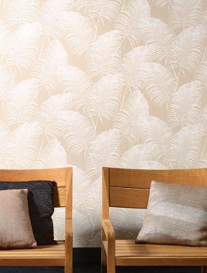 Wallpaper Milva cream shimmer Room View