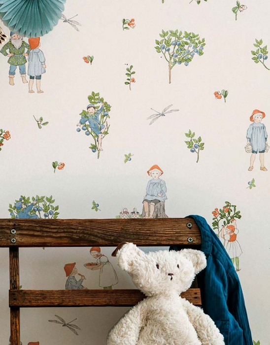 Wallpaper Miranda Matt Bugs Children Branches with leaves and fruit Gnomes Cream Beige Pale brown Green Light blue Light red
