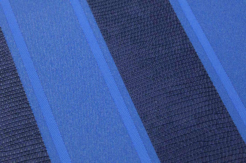papier peint nebula bleu bleu fonc bleu clair papier peint des ann es 70. Black Bedroom Furniture Sets. Home Design Ideas