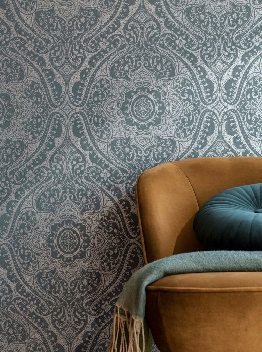 Damask Wallpaper Wallpaper Laurel silver grey Room View