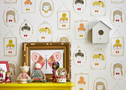 Papel pintado Girl Friends amarillo miel Ver habitación