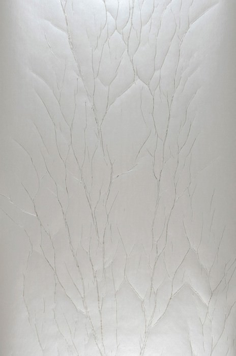 Wallpaper Crush Tree 03 Shimmering Wrinkles Cream Pearl gold
