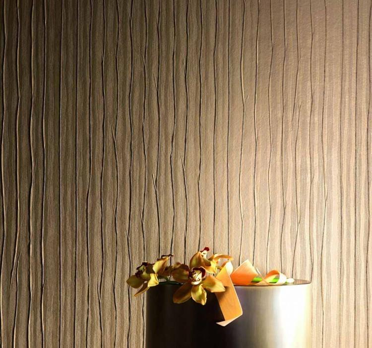 Papier peint Crush Metallic 01 Chatoyant Plis Doré mat Brun pâle Brun