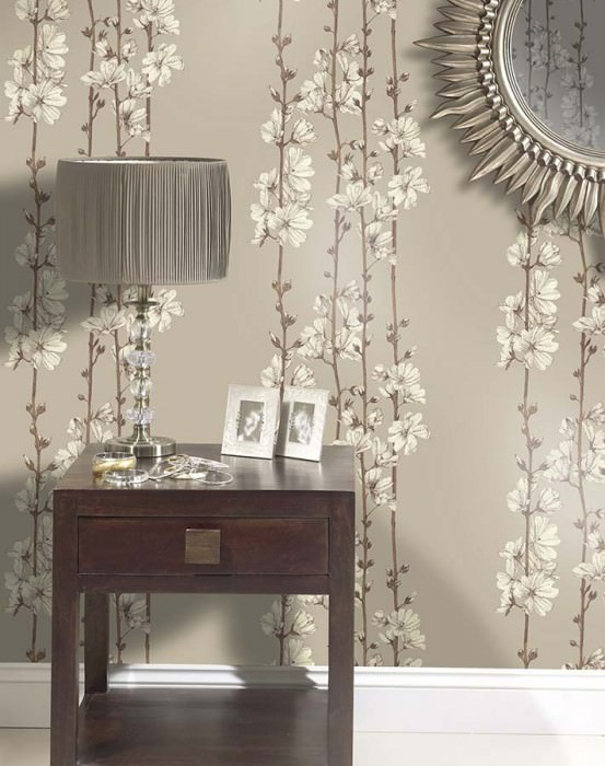 Wallpaper Hera Matt pattern Shimmering base surface Branches with blossoms Light grey brown Cream Dark brown