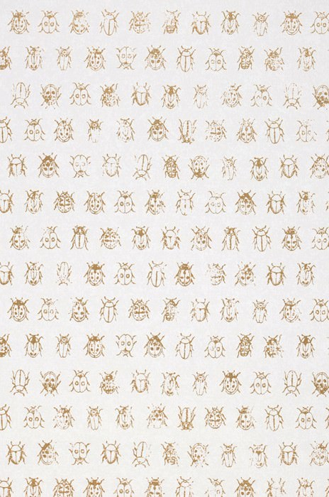 Wallpaper Bug Invasion Shimmering pattern Matt base surface Bugs Cream Pearl gold