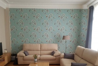 Wallpaper Gesine Matt Flower tendrils Hummingbirds Pastel turquoise Blue Cream Yellow green Red Black
