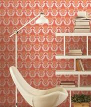 Papier peint Zarina Aspect impression à la main Mat Art nouveau Fleurs stylisées Rouge saumon Jaune clair Blanc