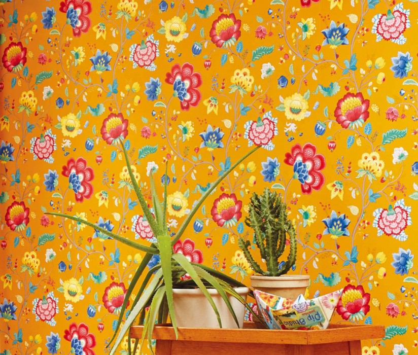 Wallpaper Belisama Matt Leaves Flower tendrils Bugs Maize yellow Beige grey Blue Golden yellow Raspberry red Patina green