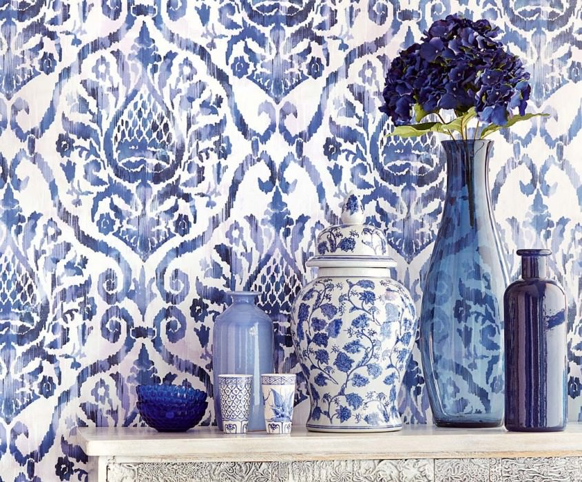 Tapete Esiko Matt Florale Ornamente Cremeweiss Pastellviolett Saphirblau Schwarzblau Violettblau