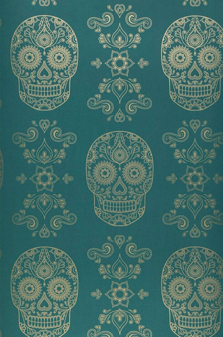 Wallpaper Dia de los Muertos Shimmering pattern Matt base surface Floral Elements Skulls Emerald green Gold. Roll Width Dia de los Muertos