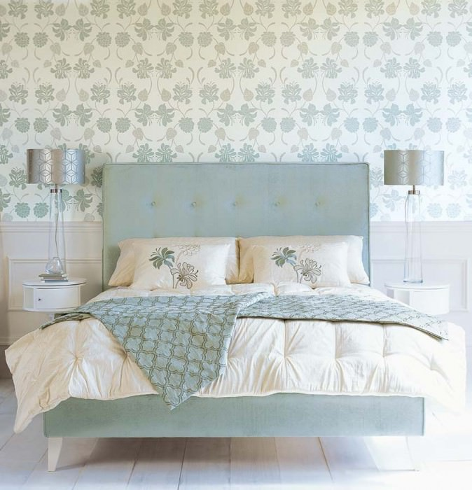 Wallpaper Isis Matt pattern Shimmering base surface Flowers Floral damask Cream shimmer Pastel turquoise Silver grey