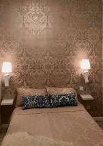 Papel de parede Manus Padrão brilhante Superfície base mate Damasco floral Bege acinzentado pálido Bege pérola