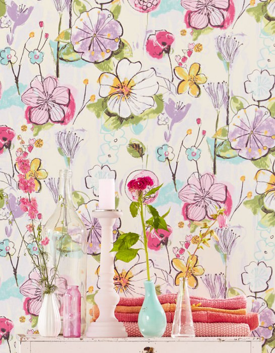 Wallpaper Larentia Hand printed look Matt pattern Shimmering base surface Leaves Blossoms Cream Blue lilac Fern green Light green Light pink Maize yellow