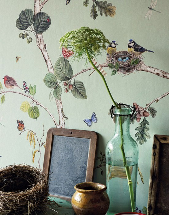 Wallpaper Merle Matt Bees Butterflies Birds Branches with leaves and fruit Pale pastel green Shades of blue Brown tones Yellow Shades of green Red