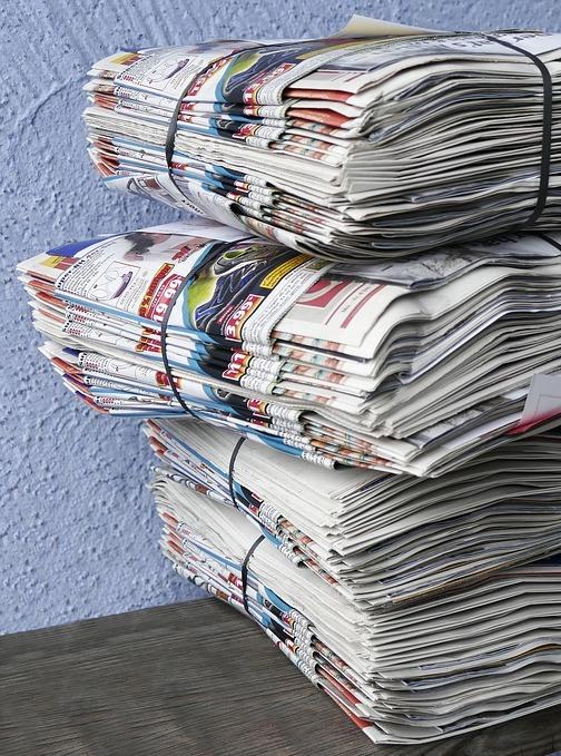 Tapeten-Rohstoff-Altpapier
