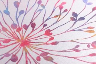 Papel pintado Sophia Brillante Flores Hojas de helecho Blanco Azul Verde Amarillo ocre Rojo Violeta