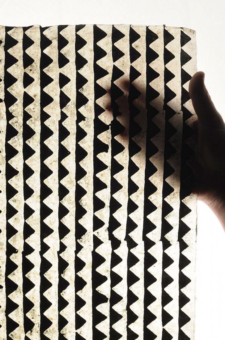 papier peint gocha beige noir papier peint des ann es 70. Black Bedroom Furniture Sets. Home Design Ideas