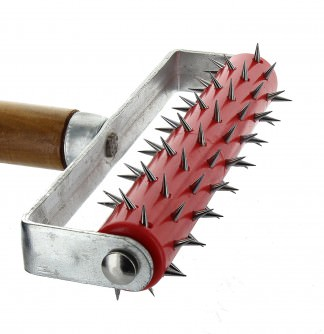 Wallpapering tools in detail wallpaper perforator spiked for Tapeten roller