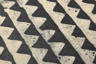 Wallpaper Gocha Batik Style Hand-printed Matt Shabby chic Triangles Stripes Beige Black