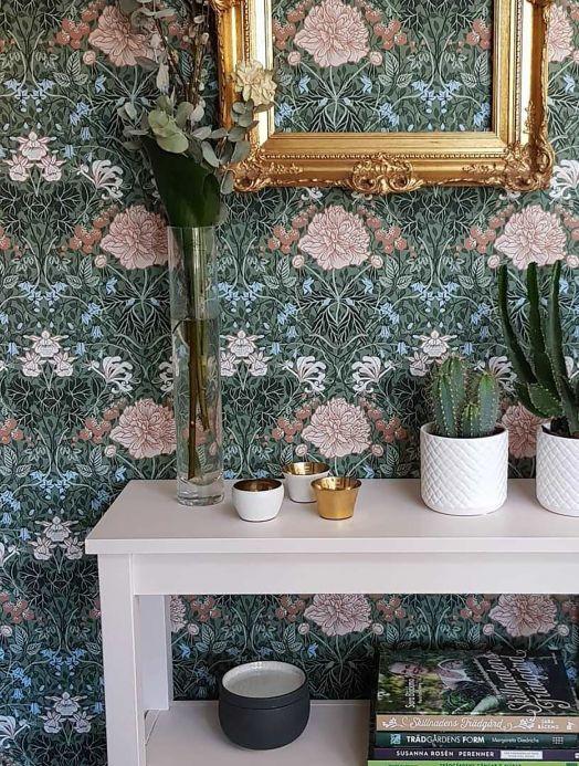 Papel pintado clásico Papel pintado Lovisa verde abeto Ver habitación