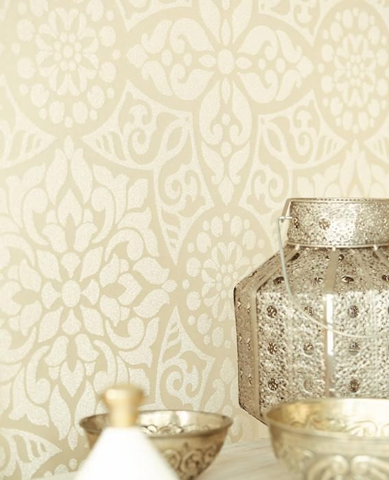 Wallpaper Mirabel Shimmering Floral damask Light ivory Cream