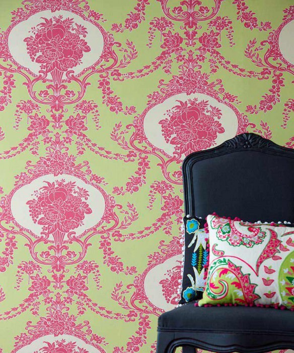 Wallpaper Karima Fine linen look Matt Floral damask Yellow green Heather violet Light ivory
