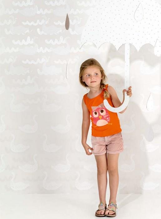 Papel de parede Swan Rain Dance Padrão brilhante Superfície base mate Cisnes Ondas Branco acinzentado Creme brilhante