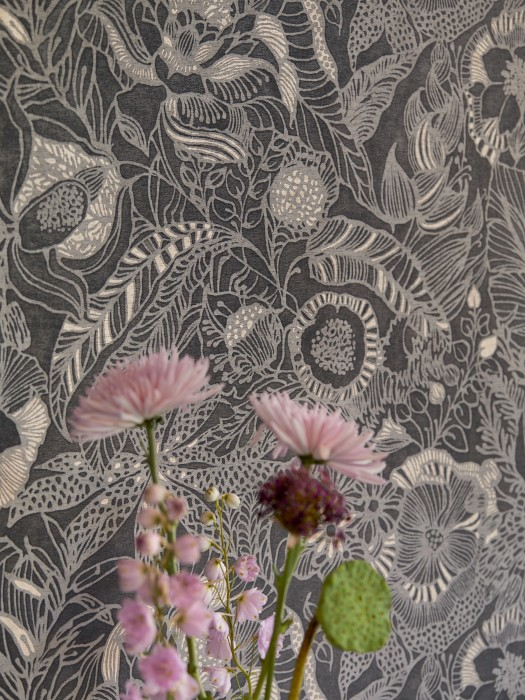 Papier peint Welamie Mat Feuilles Fleurs Gris noir Crème Aluminium gris