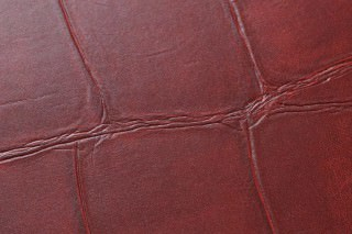 Wallpaper Croco 02 Shimmering Imitation leather Dark red