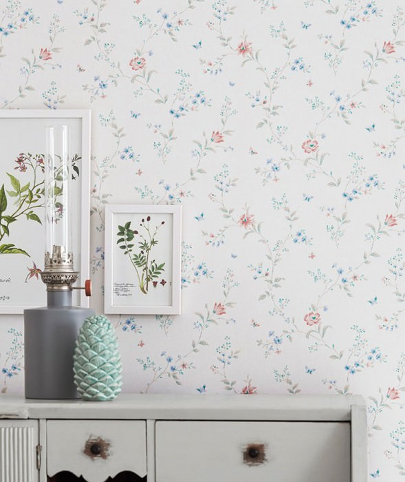 Wallpaper Enya Matt Flower tendrils Butterflies Cream Blue Brown beige Green Light pink Red