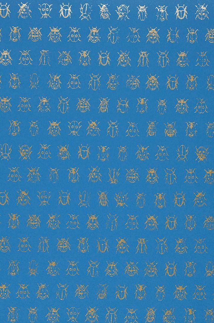 tapete bug invasion blau perlbeige tapeten der 70er. Black Bedroom Furniture Sets. Home Design Ideas
