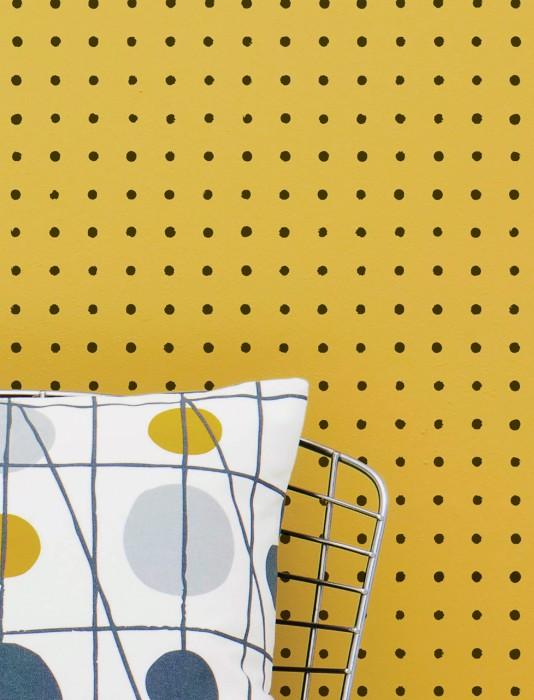 Wallpaper Nala Matt Dots Golden yellow Black
