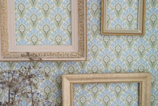 Wallpaper Florence Hand printed look Matt Art nouveau damask Stylised flowers Cream Pale green Pastel blue Fir tree green