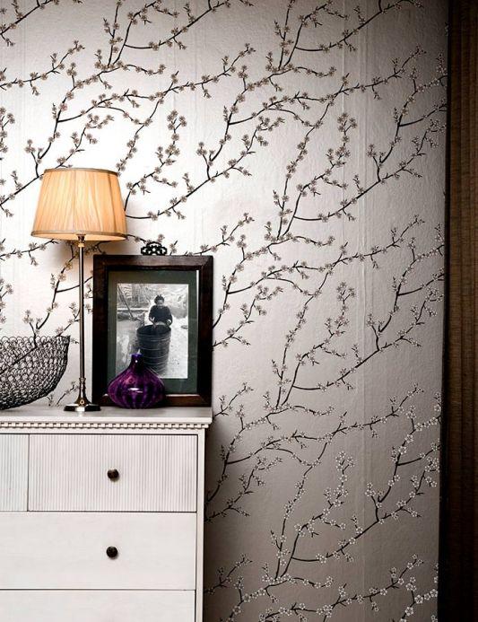 Botanical Wallpaper Wallpaper Kyoto silver grey shimmer Room View