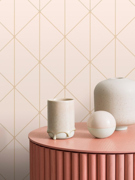 Wallpaper Biloba Shimmering pattern Matt base surface Triangles Plaid Pale pink Pearl gold
