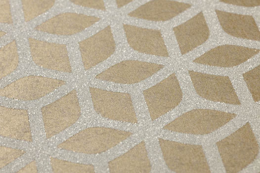 Wallpaper Zelor Shimmering Geometrical elements Gold shimmer White silver shimmer