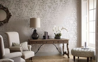Wallpaper Glorette Hand printed look Shimmering pattern Matt base surface Leaf tendrils Grey white Silver