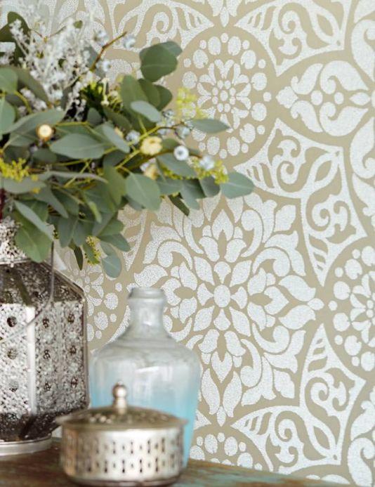 Papel pintado perlas de vidrio Papel pintado Mirabel beige grisáceo claro Ver habitación