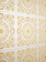 Wallpaper Clara Shimmering pattern Matt base surface Floral damask Oyster white Cream Cream Pearl gold