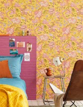 Wallpaper Gelava Matt Looks like textile Flower tendrils Indian Style Yellow Cream Strawberry red Pea green Violet