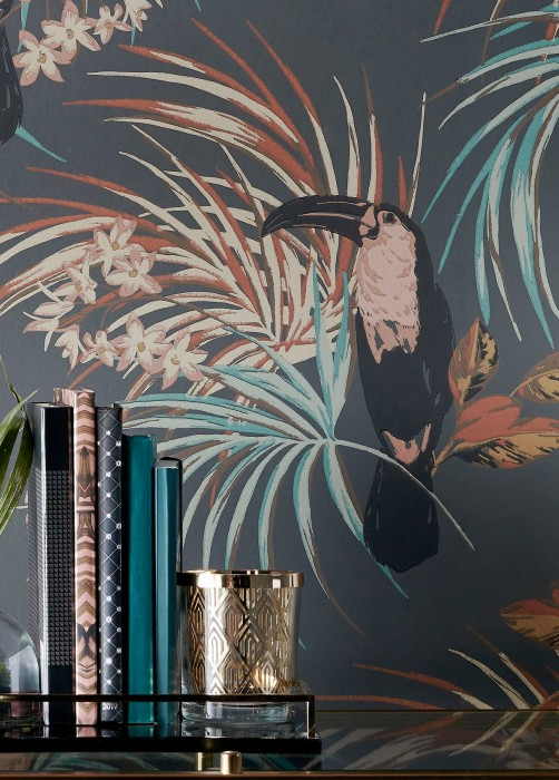 Wallpaper Toucan Jungle Hand printed look Matt Toucan Branches with leaves and blossoms Dark grey Beige red Brown tones Mint turquoise Black