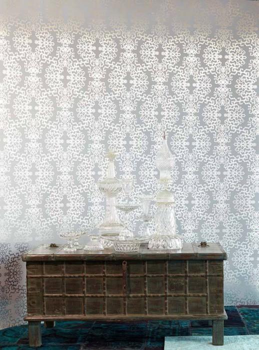 Wallpaper Anahita Shiny pattern Matt base surface Modern damask Light grey Silver lustre