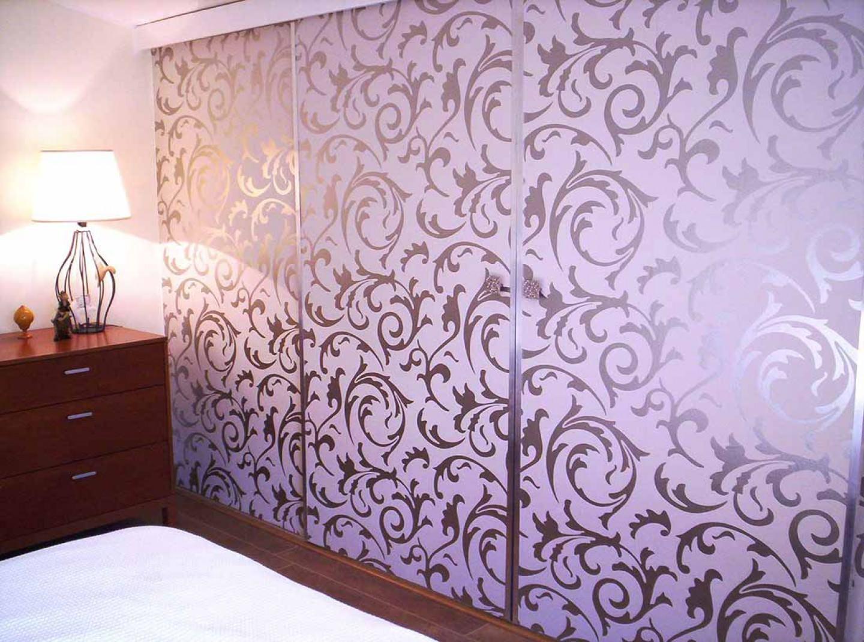 tapete medusa grauweiss silber glanz tapeten der 70er. Black Bedroom Furniture Sets. Home Design Ideas
