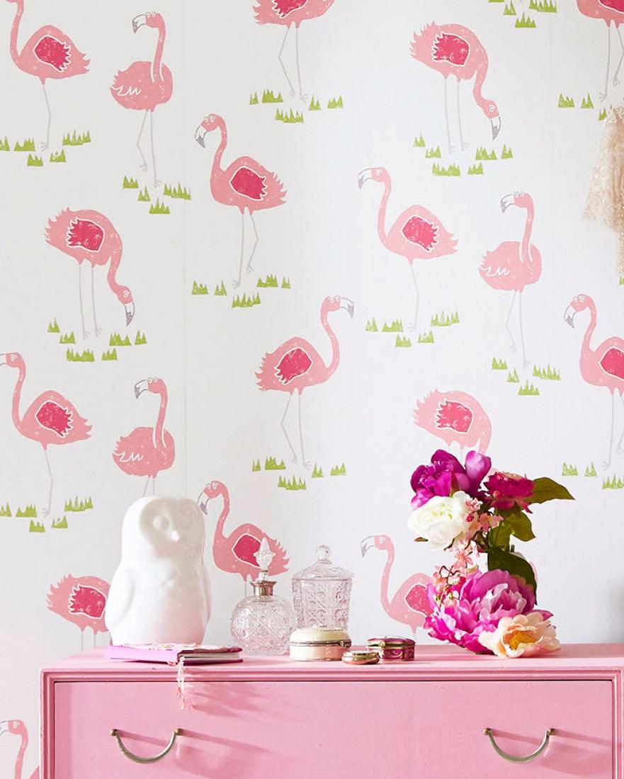 Tapete flamingo oasis cremeweiss altrosa gelbgr n for Kinderzimmer 70er