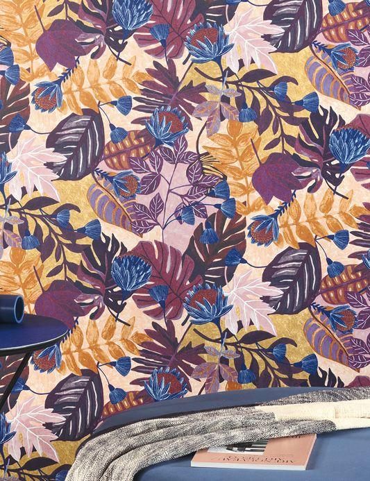 Botanische Tapeten Tapete Sunago Violetttöne Raumansicht