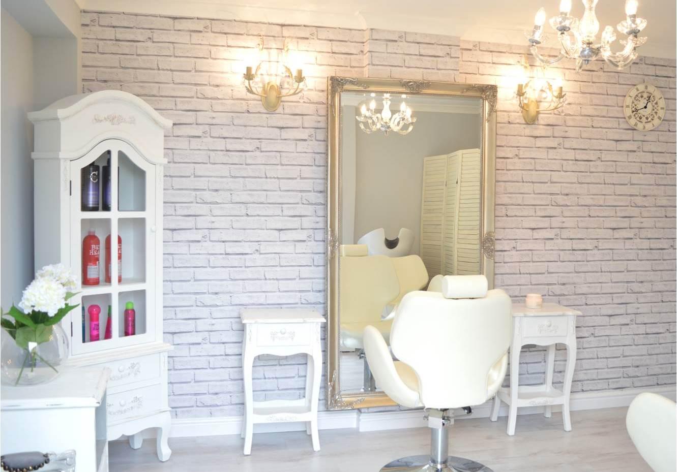 Designer Tapeten für Friseursalons & Beauty-Lounges: Lockstoff ...