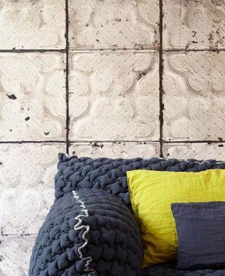 Papel pintado Brooklyn Tins 03 marrón grisáceo pálido Ver habitación