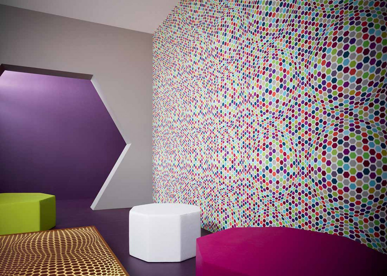 Wallpaper hypnos white blue green crimson red - Papel decorativo para pared ...