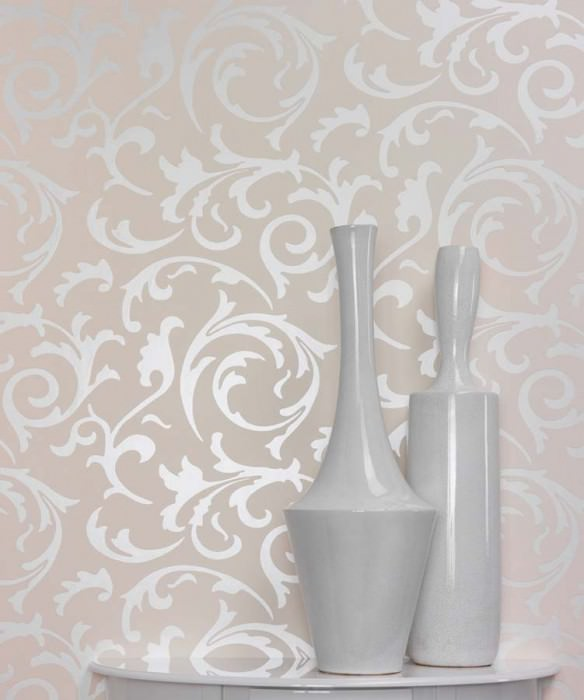 Wallpaper Medusa Shiny pattern Matt base surface Baroque elements Cream Oyster white lustre